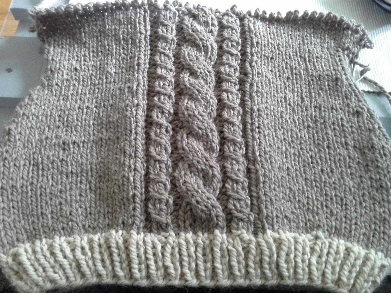 0f9a9721 Genser med fletter - Den kreative kroken